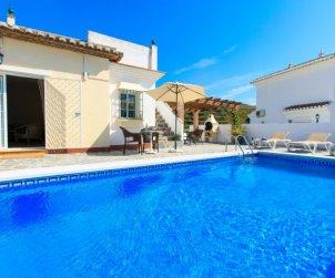 Villa   Nerja para 10 personas con piscina privada p0
