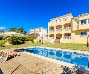 Villa   Rincón de la Victoria para 12 personas con piscina privada p0