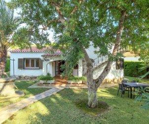 Villa   Cambrils para 6 personas con piscina comunitaria p1