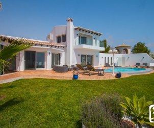 Villa  en Benitachell  para 10 personas con piscina privada, vista mar y aire acondicionado  p1