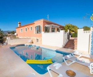 Gran villa  en Calpe  para 16 personas con piscina privada e internet  p0