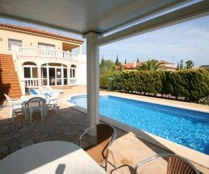 Villa  en Ametlla de Mar  para 8 personas con piscina privada  p1