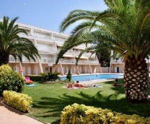 Apartamento  en L'Escala  para 7 personas con piscina compartida y TV  p2