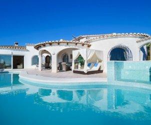 Villa   Moraira para 6 personas con piscina privada p1