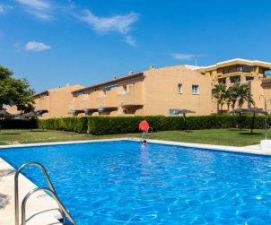 Villa   Marbella para 6 personas con piscina comunitaria p2