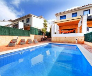 Villa   Palamos para 8 personas con piscina privada p0