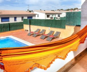 Villa   Palamos para 8 personas con piscina privada p2