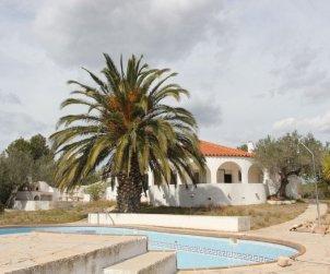 Villa   L'Ampolla para 11 personas con piscina privada p0