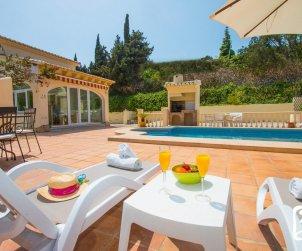 Villa  en Moraira  para 6 personas con piscina privada, aire acondicionado y cerca del mar  p2