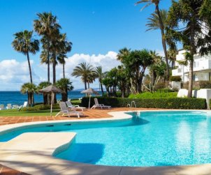 Apartamento   Estepona para 4 personas con piscina comunitaria p0