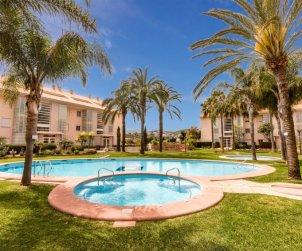 Apartamento   Javea para 6 personas con piscina comunitaria p0