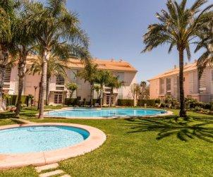 Apartamento   Javea para 6 personas con piscina comunitaria p2