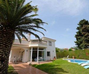 Villa   Cambrils para 4 personas con piscina privada p0