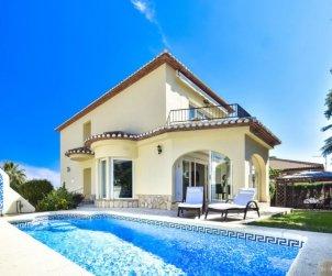 Villa   Denia para 8 personas con piscina privada p0