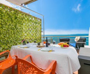 Apartamento   Rosas para 3 personas con panorámicas vista mar p1
