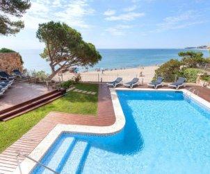 Villa   Platja d'Aro para 6 personas con piscina privada p0