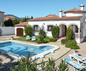 Villa   Miami Platja para 4 personas con piscina privada p0