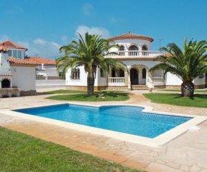Apartamento   Miami Platja para 6 personas con piscina privada p0