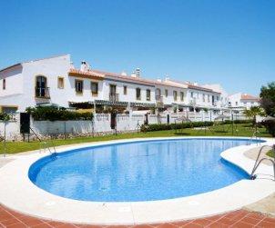 Apartamento   Rincón de la Victoria para 6 personas con piscina comunitaria p0