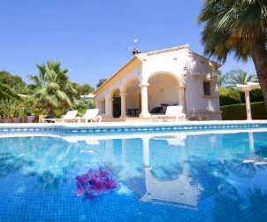 Villa   Calpe para 6 personas con piscina privada p1