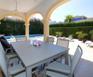 Villa   Calpe para 6 personas con piscina privada p2