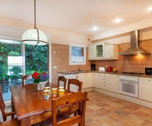 Villa   Begur para 6 personas con lavavajillas p1
