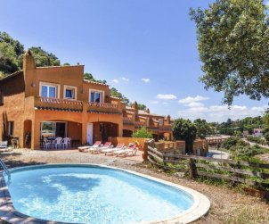 Villa   Begur para 6 personas con piscina privada p0