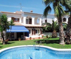 Villa   Roda de Barà para 6 personas con piscina privada p0