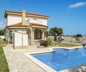 Villa   Miami Platja para 6 personas con piscina privada p0