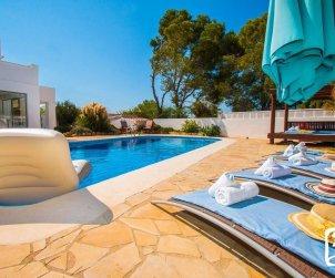 Villa  en Calpe  para 10 personas con piscina privada, vista mar y aire acondicionado p1