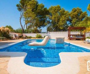Villa  en Calpe  para 10 personas con piscina privada, vista mar y aire acondicionado p2