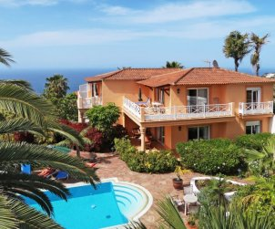 Apartamento   Santa Ursula para 2 personas con piscina comunitaria p0