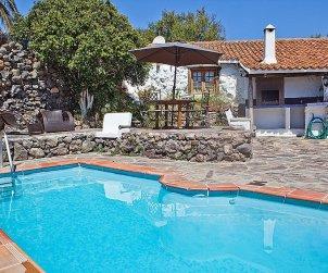 Villa   Granadilla para 4 personas con piscina privada p0