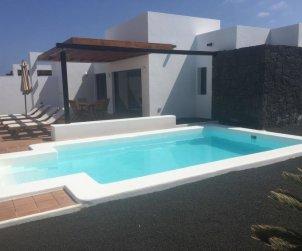 Villa   Playa Blanca para 4 personas con piscina privada p0