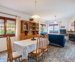 Villa   Sant Carles Peralta para 5 personas con piscina privada p1