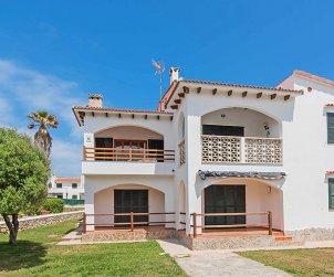 Apartamento   Arenal d'en Castell para 4 personas con piscina comunitaria p2