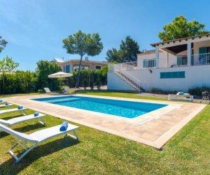 Villa   Cala Blava para 8 personas con piscina privada p1