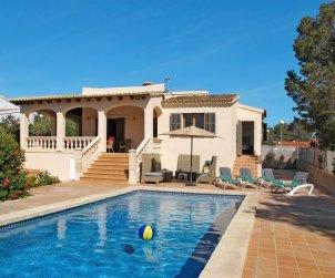 Apartamento   Cala Pí para 6 personas con piscina privada p0