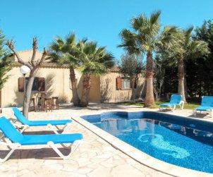 Villa   ses Salines para 6 personas con piscina privada p0