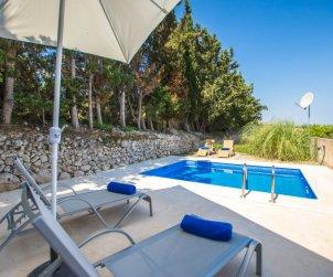 Villa   María de la Salut para 6 personas con piscina privada p0