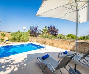 Villa   María de la Salut para 6 personas con piscina privada p1