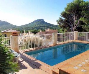 Villa   Capdepera para 8 personas con piscina privada p0