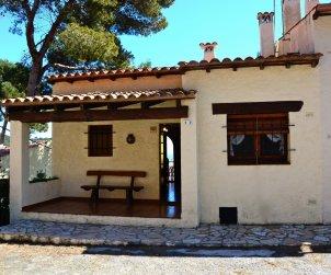 Villa   L'Estartit para 6 personas con piscina comunitaria p0