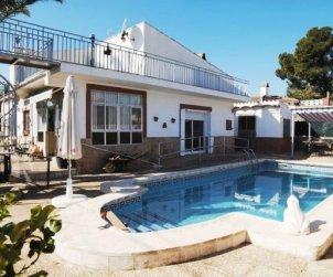 Villa  en Ametlla de Mar  para 6 personas con piscina privada e internet  p2