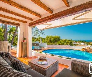 Villa  en Moraira  para 8 personas en estilo ibiza con piscina privada y aire acondicionado  p2