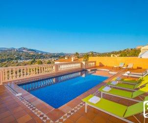 Villa  en Calpe  para 8 personas con piscina privada, vista mar y aire acondicionado  p2