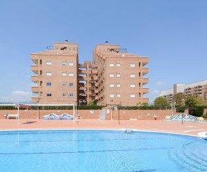 Apartamento  en Oropesa del Mar  para 4 personas con piscina comunitaria, aire acondicionado y parking  p2