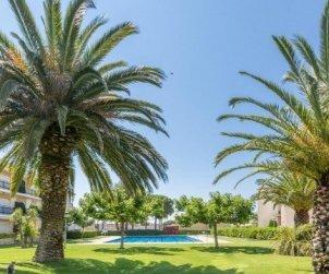 Apartamento  en Calella de Palafrugell  para 5 personas con piscina comunitaria y cerca de la playa  p2