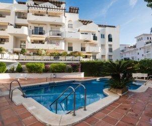 Apartamento   Torremolinos para 7 personas con piscina comunitaria p0