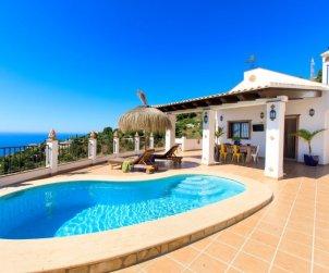 Villa   Almuñécar para 4 personas con piscina privada p0